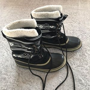 Sorel women's snow boots.